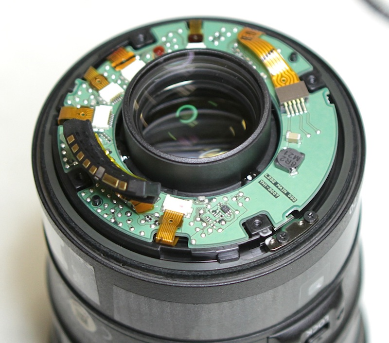 a thousand words a picture nikon tamron and canon 24 70mm f 2 8 teardown. Black Bedroom Furniture Sets. Home Design Ideas