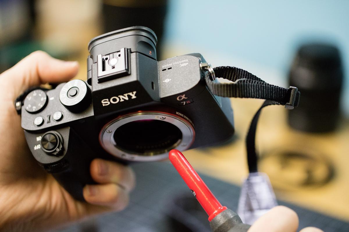 Camera Rocket Blower : Camera rocket blower how to clean your camera sensor f academy