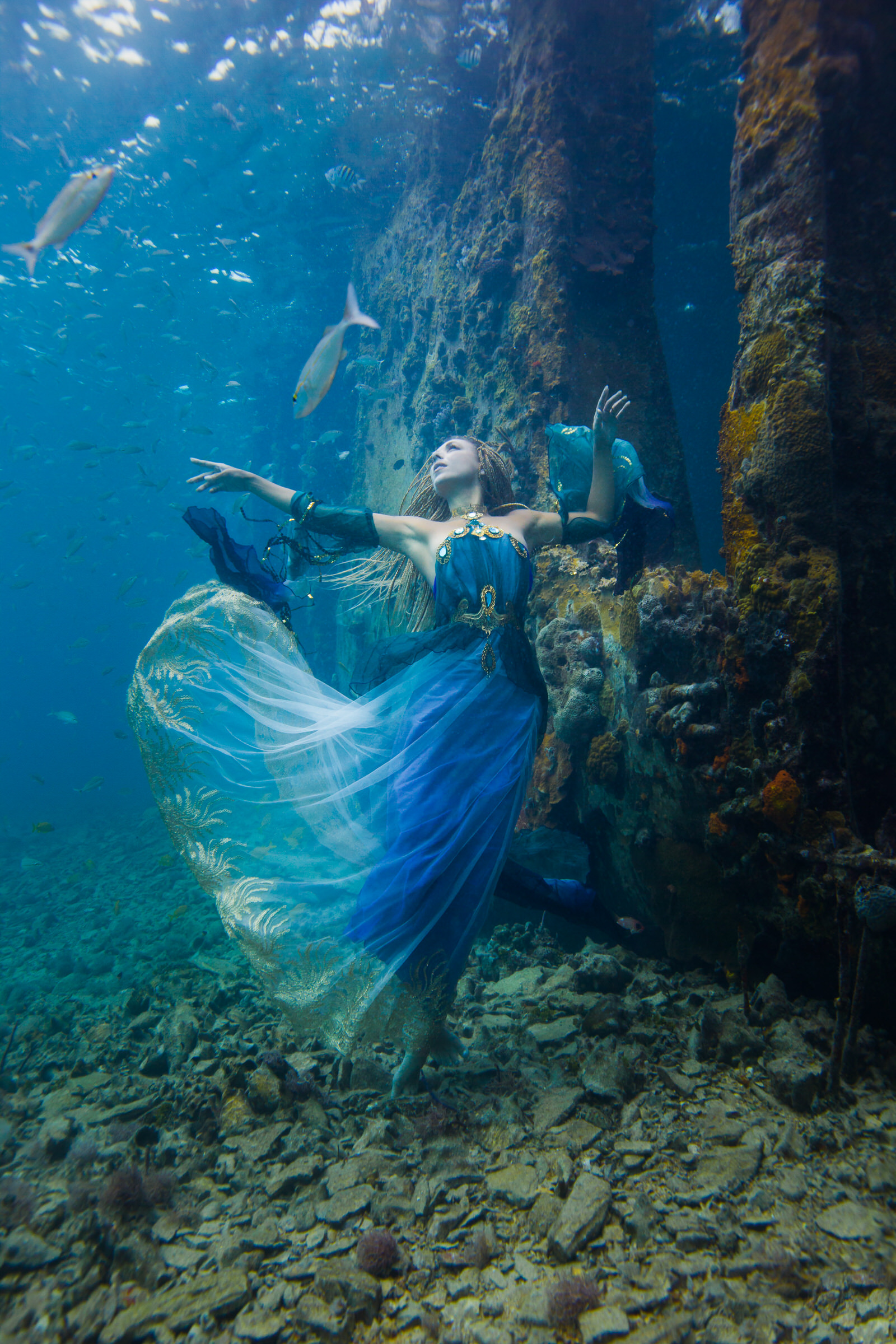 underwater brett stanley photoshoot photographer water mermaid fantasy award lady portrait winning dark sea skin woman advertising ocean mermaids shipwreck